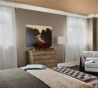 pintura-interior-dormitorio-a-dos-tonos-y-bordes-blancos-672x372